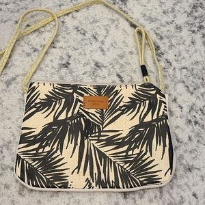Annabel trends Australia straw and canvas bag